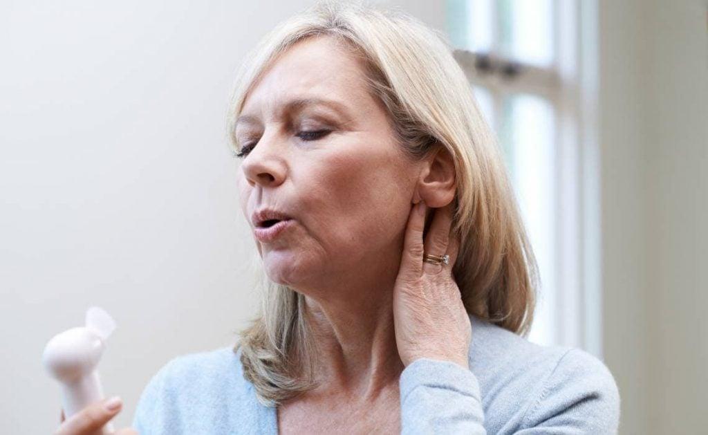 opvliegers-menopauze-menox-xtra-vrouw